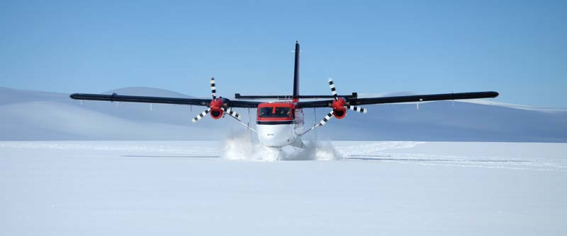 Twin Otter landing ski approach